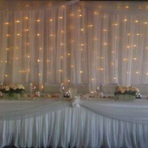 Svatební opona, baldachýny, květiny